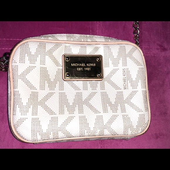 Michael Kors Handbags - Michael Kors MINI crossbody